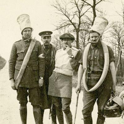 Waldo Peirce, il primo a destra, 1915-1916 circa