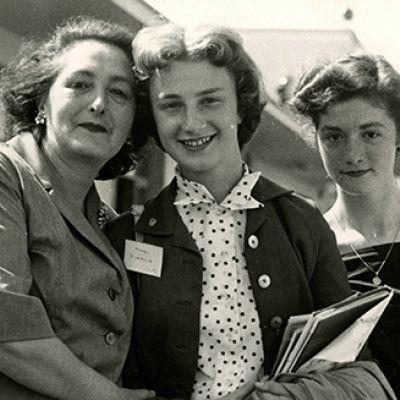 Mary Pierce borsista USA in italia con la sua famiglia ospite in Italia, 2 luglio 1955.